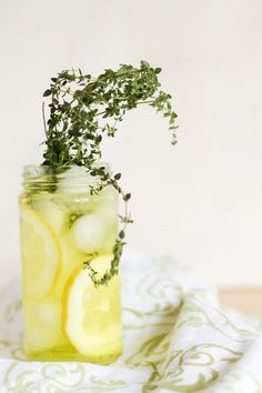 Lemon-Thyme-Spritzer 6 large lemons 2 12oz. cans of soda water 2oz. simple syrup Many sprigs of thyme via la dolce vita Juice and strain the seeds from lemons into a pitcher with ice. Add simple syrup and soda water, stir. Pour into glasses over ice and garnish with several springs of thyme.