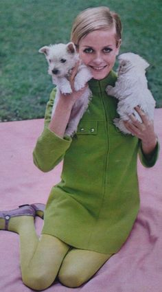 Twiggy and puppies.. 60s fashion