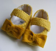 Sunny Yellow Felt Baby Shoes with Mustard Bows. $28.00, via Etsy.