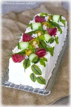 Breakfast And Tiffin Plan For Children Sandwich Bar, Food Carving, Plum Cake, Salty Cake, Food Platters, Food Decoration, Snacks, Appetisers, Savoury Cake