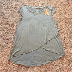 NWT American Eagle Shirt NWT!! Soft & Sexy AEO Top! Green top with layering detail, super cute! American Eagle Outfitters Tops Tees - Short Sleeve