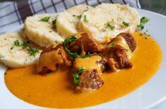 Vepřové kostky na paprice | NejRecept.cz Thai Red Curry, Mashed Potatoes, Chicken, Ethnic Recipes, Red Peppers, Whipped Potatoes, Smash Potatoes, Cubs
