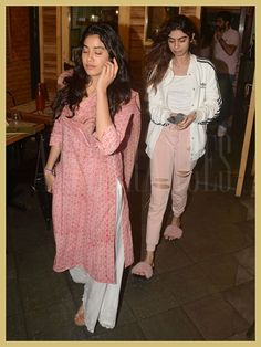 Jhanvi Kapoor, Khushi Kapoor, Street Style, Appearances Casual Indian Fashion, Muslim Fashion, Bollywood Fashion, Indian Dresses, Indian Outfits, Long Kurti With Jeans, Salwar Kurta, Sharara, Anarkali