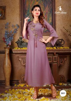 Straight Plain Solid Kurti Collection from Ladies Flavour Brand Comes with Handwork on Quality Musline Fabric. Our Printed Kurti This is A Perfect Casual Wear Kurti. Party Wear Kurtis, Kurti Designs Party Wear, Fancy Kurti, Latest Kurti, Kurti Collection, Saree Shopping, Western Dresses, Indian Ethnic Wear, Indian Outfits