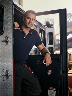 Chicago Fire season 6 promotional picture.