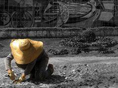 Trabalhador em Cubatão - Foto Marcus Cabaleiro Vamos votar galera!!!!