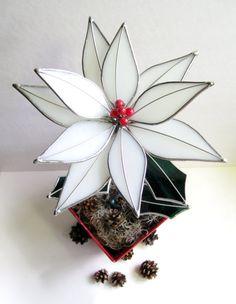 Reserved for wvanhook 2 Poinsettias por GlassKissinCreations