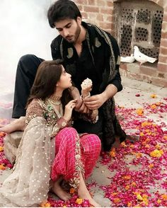 Pakistani celebs imran Abbas and sajal Pakistani Models, Pakistani Actress, Pakistani Outfits, Bollywood Actress, Pakistani Dramas, Wedding Photoshoot, Wedding Pics, Wedding Couples, Cute Couples