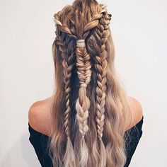 So many people are at music festivals this weekend! The #fomo is real right now . We will just settle for looking at festival hair instead. Thank you @tillyoctaviahair for the braid inspo.  #weekendhairgoals #festivalhair #hairinspo #haircrush #braidgoals