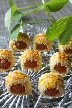 Food Blogger No. 1 Malaysia, menyediakan pelbagai resepi masakan tradisional, masakan barat, kek, dessert dan pelbagai lagi.