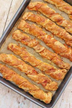 Bacon and Cheese Straws # savoury Baking Bacon and Cheese Straws Savory Pastry, Savoury Baking, Pastry Dishes, Tart Crust Recipe, Nibbles For Party, Nibbles Ideas, Cheese Twists, Cheese Straws, Food Platters