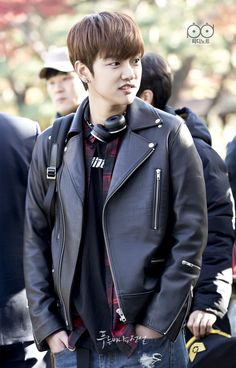 So cute💋❤ The legend of the blue sea Shin Wonho Asian Boys, Asian Men, Shin Won Ho Cute, Jimi Bts, Legend Of Blue Sea, Tae Oh, Cross Gene, Fashion Drawing Dresses, Handsome Korean Actors