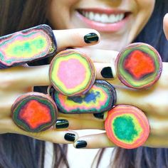 Beautiful Paper Rings  •  Free tutorial with pictures on how to make a paper ring in 3 steps
