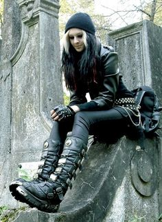 #Goth girl in cemetery
