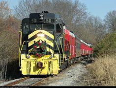 RailPictures.Net Photo: CRC 901 Cincinnati Railway EMD GP30 at Lebanon, Ohio by David Rohdenburg