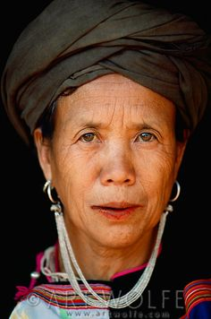 Portrait of Lisu woman, Thailand Beautiful Old Woman, Beautiful World, Beautiful People, We Are The World, People Around The World, Perfect Image, Interesting Faces, Costume, Photo Library
