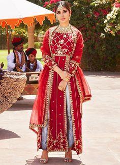 Anarkali - Salwar Kameez, Dresses, Suits & More! Pakistani Dress Design, Pakistani Dresses, Indian Dresses, Bollywood Dress, Embroidery Suits Punjabi, Embroidery Suits Design, Indian Bridal Outfits, Indian Designer Outfits, Trajes Anarkali