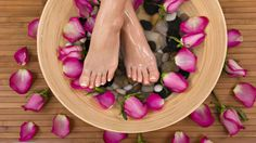How to Do Pedicure with Tea Tree Oil. Read more here - http://blog.baelwellness.com/post/134397569004/how-to-do-pedicure-with-tea-tree-oil #skincare #pedicure #teatreeoil