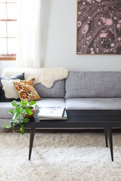 Beautiful DIY Bench Tutorials Roundup | We've got ideas for woodworkers, seamstresses, IKEA hackers, and more! For an organized entryway bench, or a bedroom bench at the foot of your bed, these project ideas are perfect for narrow spaces. #woodworkingbedroom