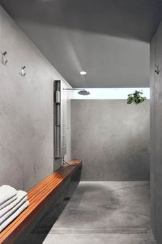 Flex Model - contemporary - Bathroom - Seattle - SHED Architecture & Design Showers Without Doors, Open Showers, Beton Design, Concrete Bathroom, Concrete Shower, Modern Shower, Modern Bathroom, Minimal Bathroom, Small Bathroom