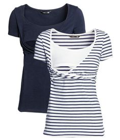 Fitted nursing tops in soft organic cotton jersey with wrapover front and seam below bust. Practical inner top for easier nursing. Nursing Wear, Nursing Tops, Nursing Clothes, Maternity Nursing, Maternity Wear, Maternity Dresses, Maternity Fashion, H&m Fashion, Fashion Online