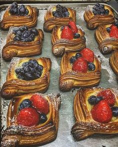 Good morning. Today #pastry #pastrychef #danishpastry #layer #croissant #feedfeed #berries #pastryelite #like #like4like #pandekiran #osaka #クロワッサン #ペストリー #自家製カスタード #べりー # #いちご #大阪 #大阪のパン屋さん #千里丘 #吹田 #北摂 #おやつ @hungrytwins @thefeedfeed @pastryelite @chefsroll @bonappetitmag @breadbakersguild @bread_masters_ @mutfaktasolenvar @food_glooby .