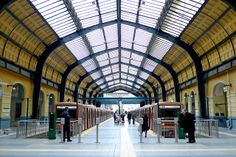 Pireaus, the final station of the line nr. 1 of Athens' Metro (Ilektrikós) - it looks like a train station. Athens Metro, Cool Photos, Interesting Photos, Metro Station, Athens Greece, View Image, Places To Go, Visit Greece, Street View