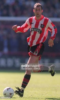 Don Hutchison Sheffield United Sheffield United Football, Sheffield United Fc, Football Players, Red And White, The Unit, Pictures, Photos, Soccer Players, Photo Illustration