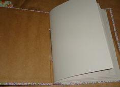 Reciclado em alta  como album ou caderno ou agenda ou diário . Luxo de Lixo Arte e Criação By Val
