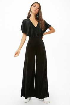 A velvet jumpsuit featuring a flounce layer that creates short sleeves, V-neckline, crisscross back, and a wide leg. - This is an independent brand and not a Forever 21 branded item. Beach Jumpsuits, Jumpsuit Dressy, Velvet Jumpsuit, Modern Vintage Fashion, Pop Fashion, Cute Outfits, Short Sleeves, Street Style, Stylish