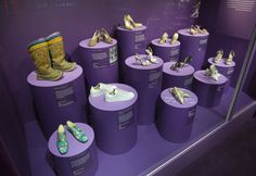 Optimized-5._Installation_view_of_Shoes_Pleasure_and_Pain_13_June_2015_-_31_January_2016_c_Victoria_and_Albert_Museum_London