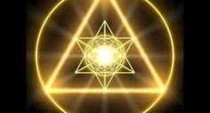 """A palavra """"Mantra"""" vem do sânscrito e significa: Man (mente) e Tra (controle). Eles são uma formula mística recitada ou cantada repetidamente a milhares de"""
