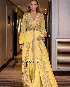 Yellow  Ft Gold ✨ #morocco#casablanca#rabat#fes#meknes#marrakech#tetouan#tanger#nador#dubai#abudhabi#kuwait#qatar#doha#uae#jordan#amman#bahrain#muscat#lebanon#oman#beirut#malaysia#indonesia#india#pakistan#caftan#caftaninspiration