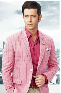 Hrithik Roshan's smart blazer look image Most Handsome Men, Handsome Actors, Indian Celebrities, Bollywood Celebrities, Hrithik Roshan Hairstyle, Suit Fashion, Mens Fashion, Surya Actor, Bollywood Pictures