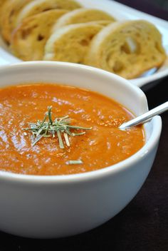 Küchenzaubereien: Geröstete Gemüsesuppe mit knusprigem Ciabatta