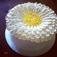 Would love this as a smash cake for the girls 1st birthday!