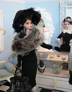 Vintage Salon - Barbie
