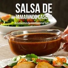 Accompany your dishes with this delicious homemade tamarind sauce that combines with everything. Its bittersweet taste will fascinate you. Healthy Eating Tips, Healthy Nutrition, Easy Homemade Salsa, Homemade Sauce, Italian Tomato Sauce, Tamarind Sauce, Clean Eating Challenge, Dips, Fish And Meat