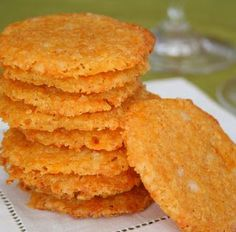 Debbie's Low Carb Recipes: Cheese Crisps (low-FODMAP note - sprinkle with paprika only - no garlic or onion salt)