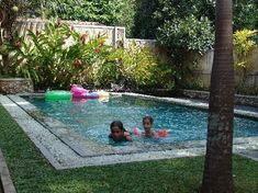Inground pools for small backyards simple ideas tiny pool ideas about small backyard small pools for Small Inground Pool, Small Swimming Pools, Swimming Pools Backyard, Swimming Pool Designs, Lap Pools, Indoor Pools, Pool Spa, Kids Swimming, Backyard Pool Landscaping