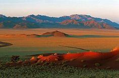 Namibia  http://www.viaggiavventura.it/namibia-himba-safari-e-deserto/?doing_wp_cron=1343148148