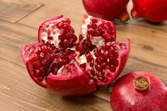 Get Healthier Skin                         The juice in pomegranate seeds contain ellagic acid and punic alagin which fight damage from free radicals and help preserve the collagen in your skin. It's also a powerful source of phytonutrients that promote healthy skin.