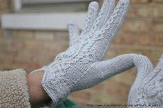 Using crochet cast on or other provision. Crochet Gloves, Knit Crochet, Knitting Socks, Mitten Gloves, Leg Warmers, Boho, Pattern, Origami, Sew