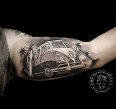 VW Camper Inner Bicep Tattoo VW Camper Inner Bicep Tattoo<br> Surf's Up! Retro Volkswagen camper with a surfboard and palm trees. Tattoo done on guy's inner bicep by Tomás Sánchez Piñeiro, an artist based in Palma, Majorca. Tattoo Side, Vw Tattoo, Tattoo Arm Mann, Car Tattoos, Body Art Tattoos, Sleeve Tattoos, Tatoos, Tatoo Biceps, Bicep Tattoo Men