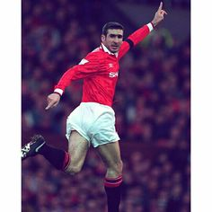 On this day in 1992 Eric Cantona made his #mufc debut.