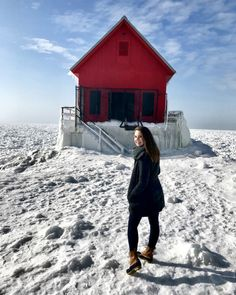 Grand Haven Lighthouse And South Pier In The Winter – Abundance of Abby