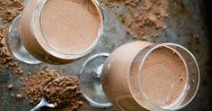 Urobte niečo pre svoje zdravie a chuťové bunky - pripravte si zdravé Čokoládové smoothie! Bude extra krémové a ľadové vďaka