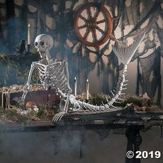 You ever wonder what a mermaid skeleton would look like? Well, we did! Add this mermaid skeleton to a spooky Halloween scene! A great addition to your . Halloween Prop, Halloween Mono, Halloween Skeleton Decorations, Halloween School Treats, Fairy Halloween Costumes, Halloween Party Supplies, Halloween Scene, Outdoor Halloween, Couple Halloween