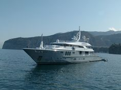 Sorrento Yacht :: Seatech Marine Products / Daily Watermakers