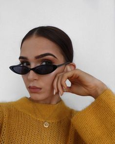 """12.4k Likes, 66 Comments - Alicia Roddy (@lissyroddyy) on Instagram: """"Extreme cat eye, chaneling Bella in these  glasses linked on my story"""""""